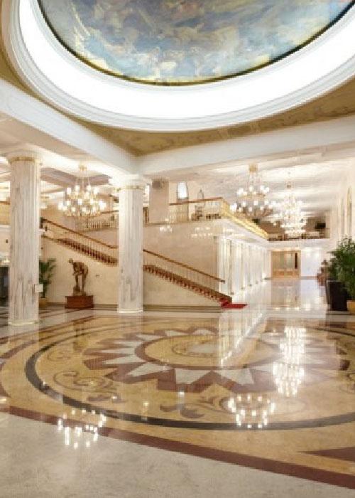 Система фонового озвучивания в отеле: бесполезная трата денег?